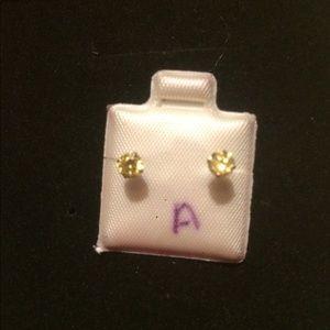 10 k gold earrings